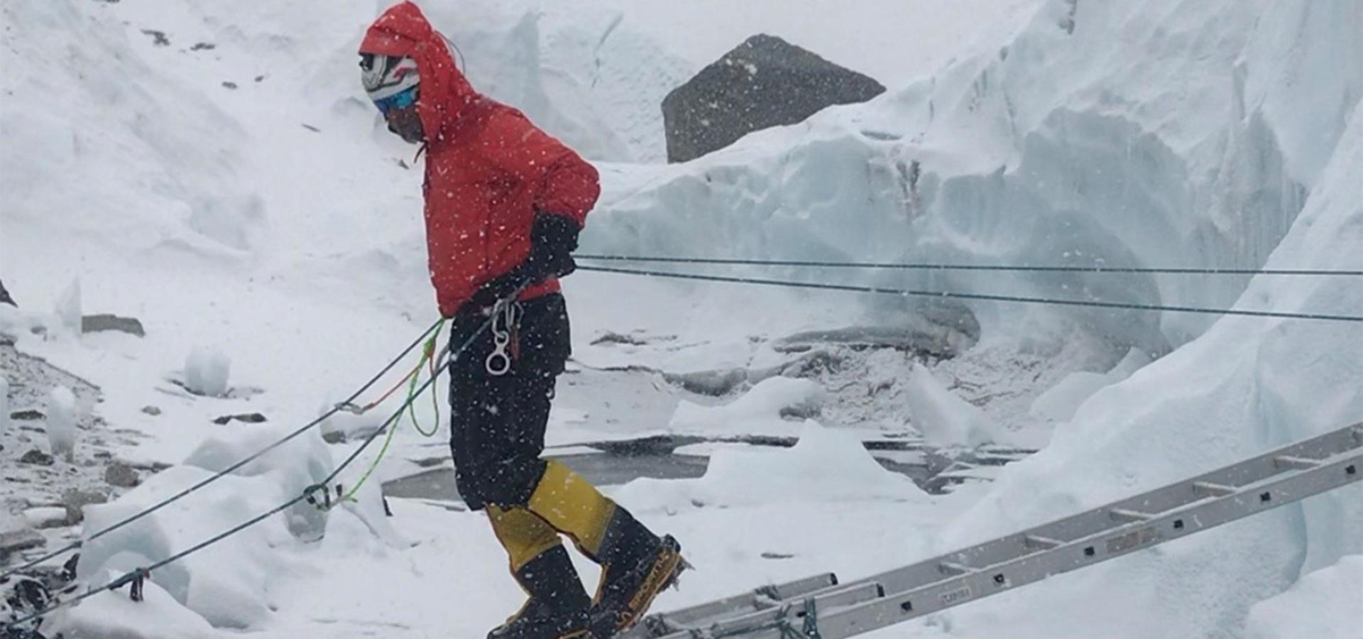 Avedis Kalpaklian Everest