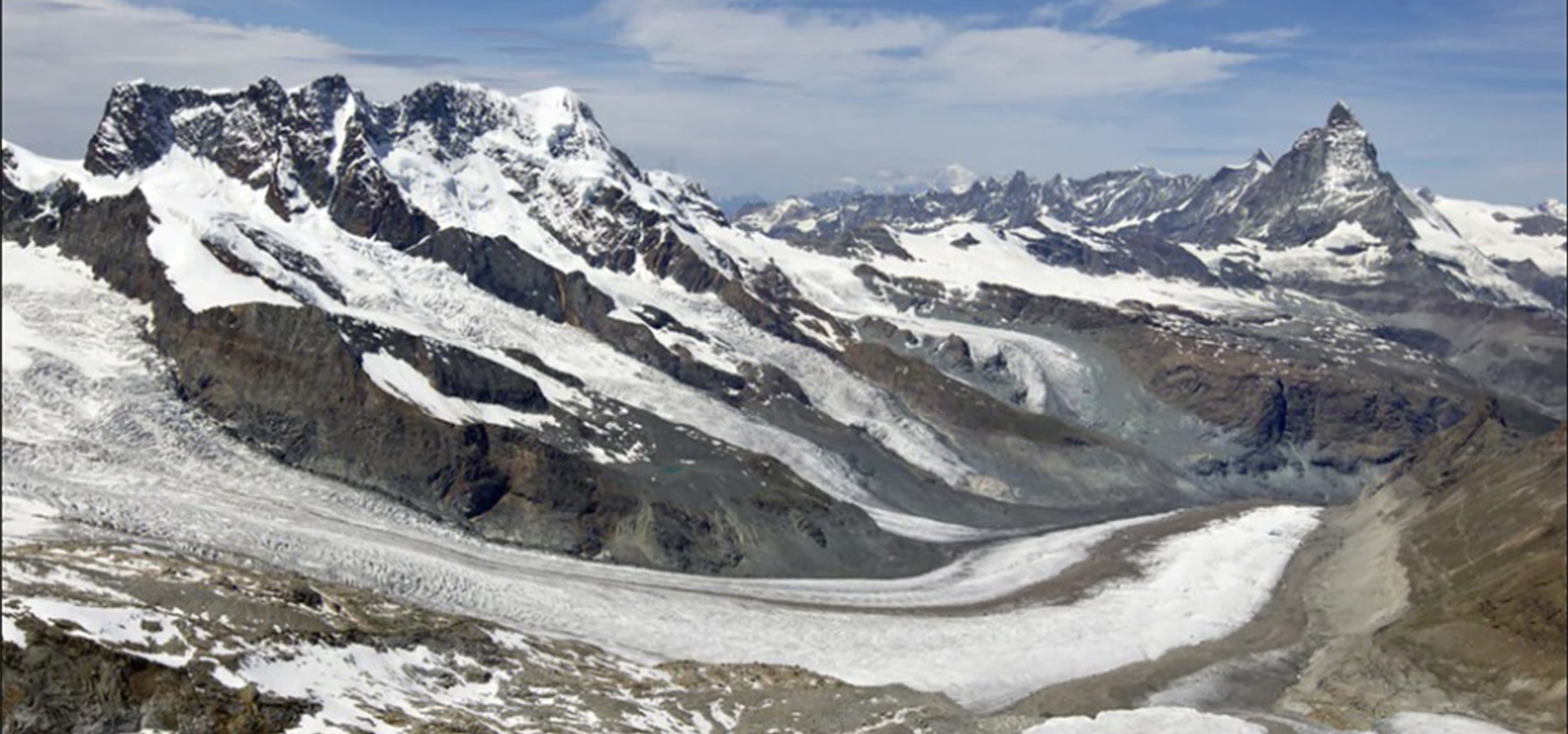 The Grenz glacier stretching away to the left in this photo Keystone Alessandro Della Bella